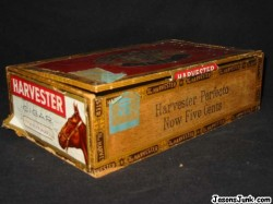Harvestor_Perfecto_Cigar_Box_01