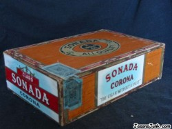 Sonada_Corona_Cigar_Box_01